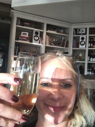 Lydmar Champagne