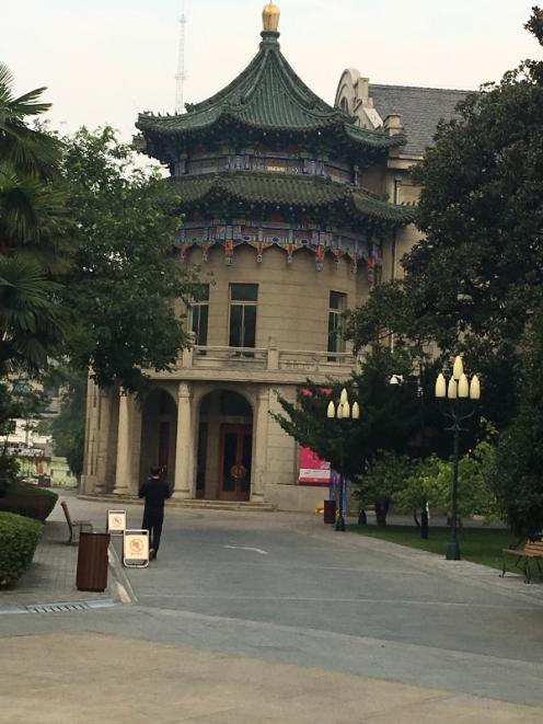 Xian temple 2
