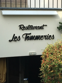 Alscae restaurant sign